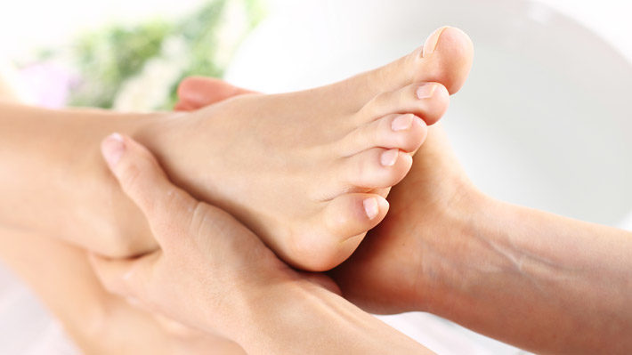 Relax and Rejuvenate with a Peppermint Pedicure