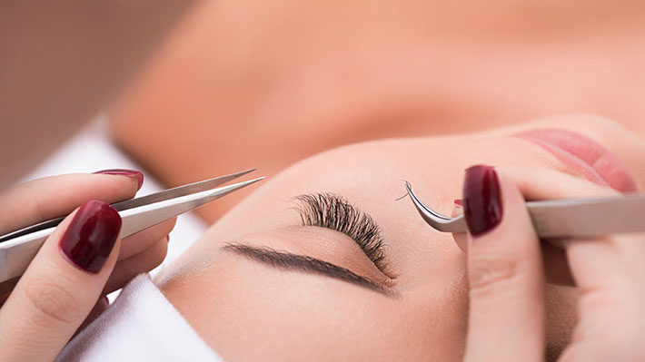 Eyelash Perm or Extensions: Which is Right for You?