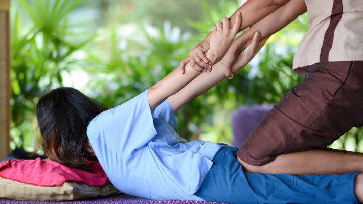 What Should You Expect at Your First Thai Massage Session?