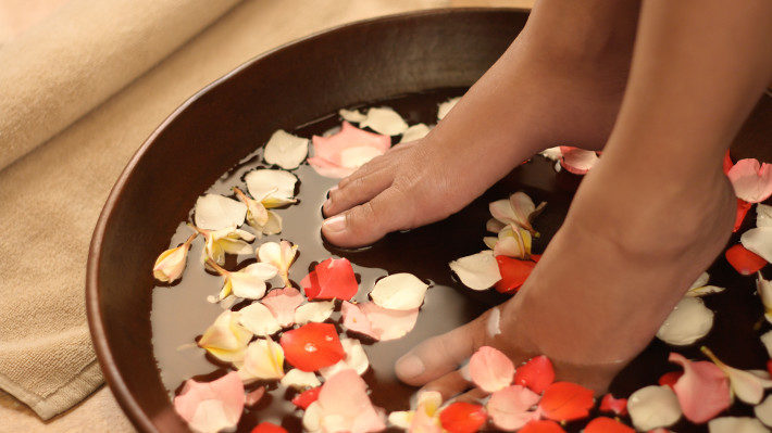 Add Aromatherapy to Your Next Pedicure Experience