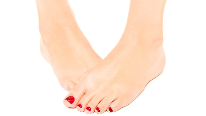 How to Make Your Pedicure Last for Weeks